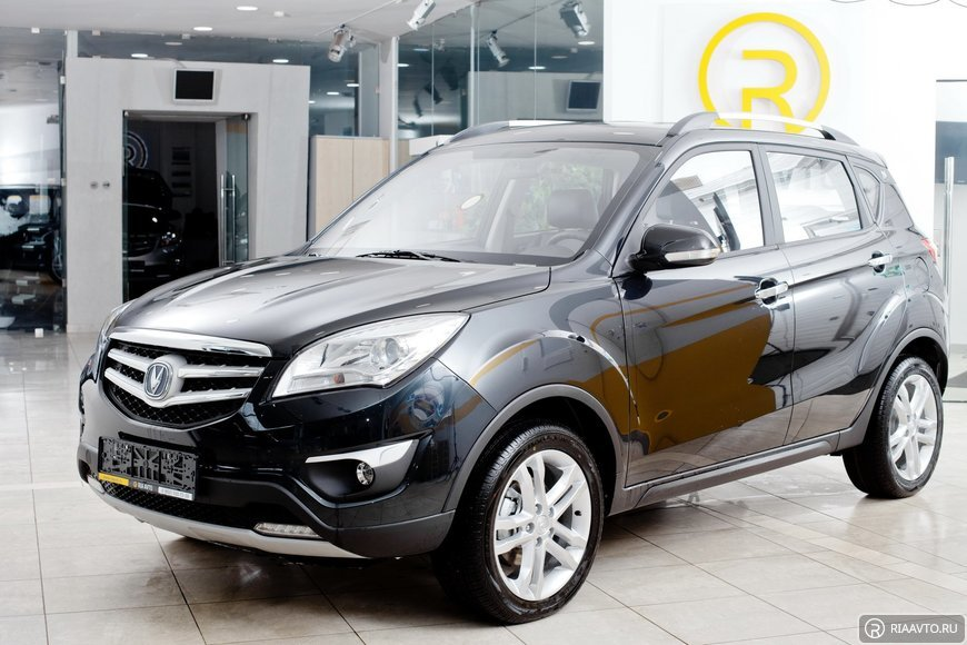 Changan CS35 Luxe - Черный