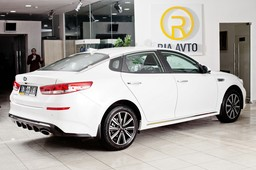 KIA Optima Luxe -   262